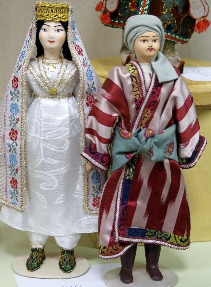 таджики-min